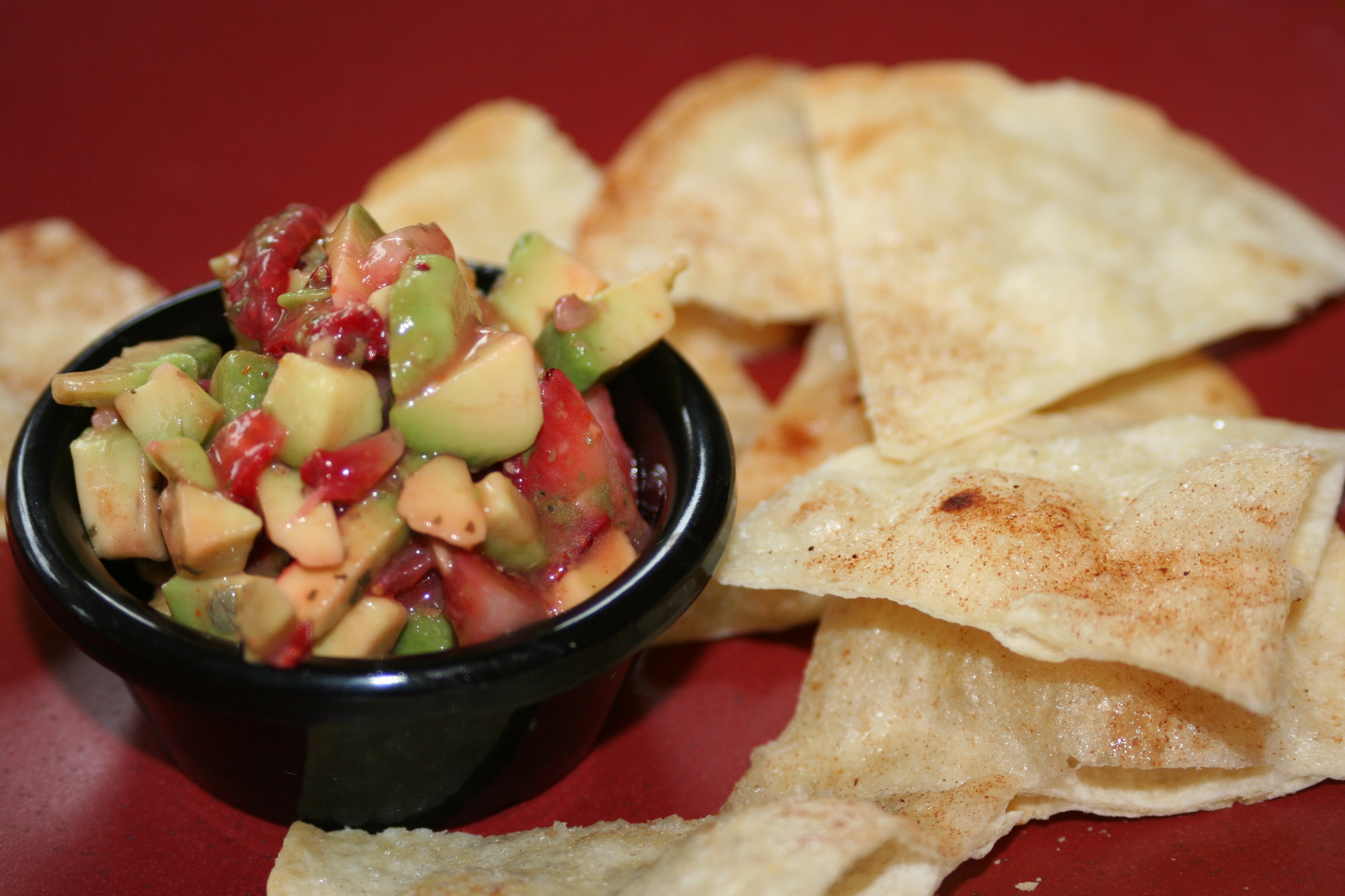strawberry avocado salsa with cinnamon tortilla chips
